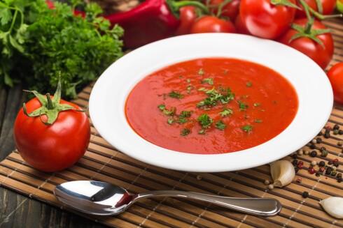 <strong>VELG BORT SUKKERET:</strong> Velg tomatproduktet med minst sukker og salt, men husk at her gjelder det å veie de fordelene mot ulempene. Litt sukker går an om det er det som skal til for at du eller barna spiser tomat.  Foto: Scanpix