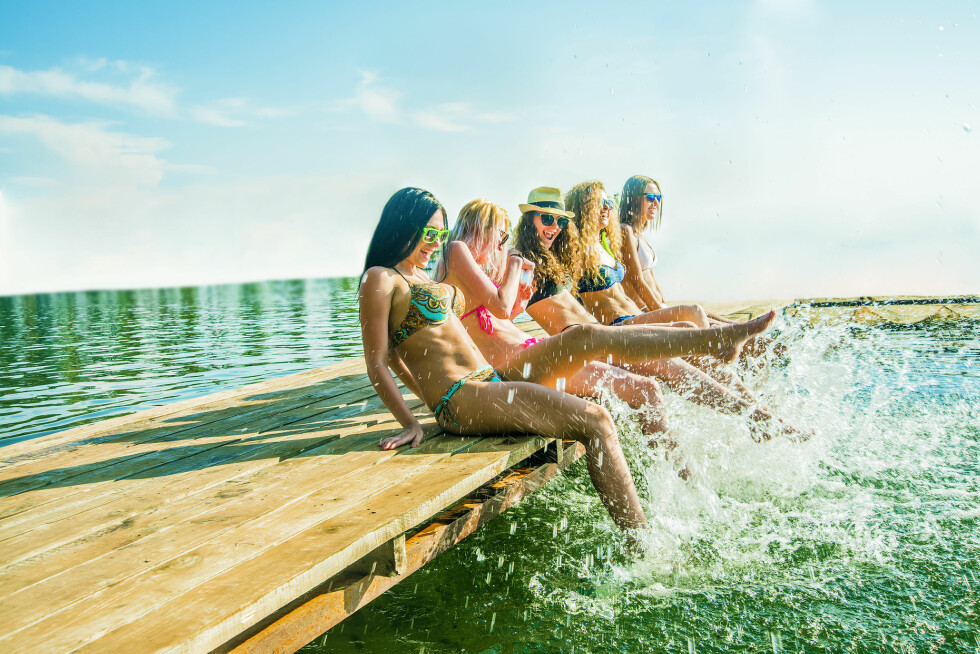 RENT VANN? Vet du hvordan det står til med badevannskvaliteten på din lokale badeplass?  Foto: Shutterstock / maradon 333