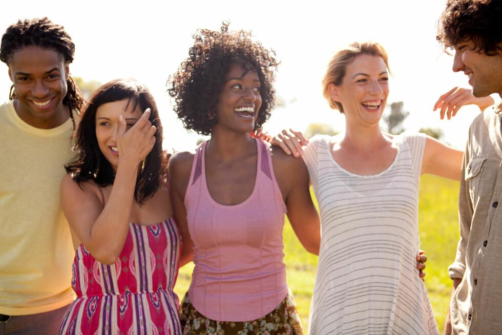 Hormonene dine blir påvirket av sola, og kan gjøre deg mer glad.  Foto: Image Source