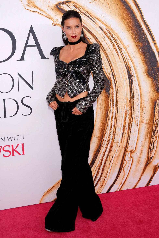 CFDA FASHION AWARDS: Adriana Lima. Foto: Reuters