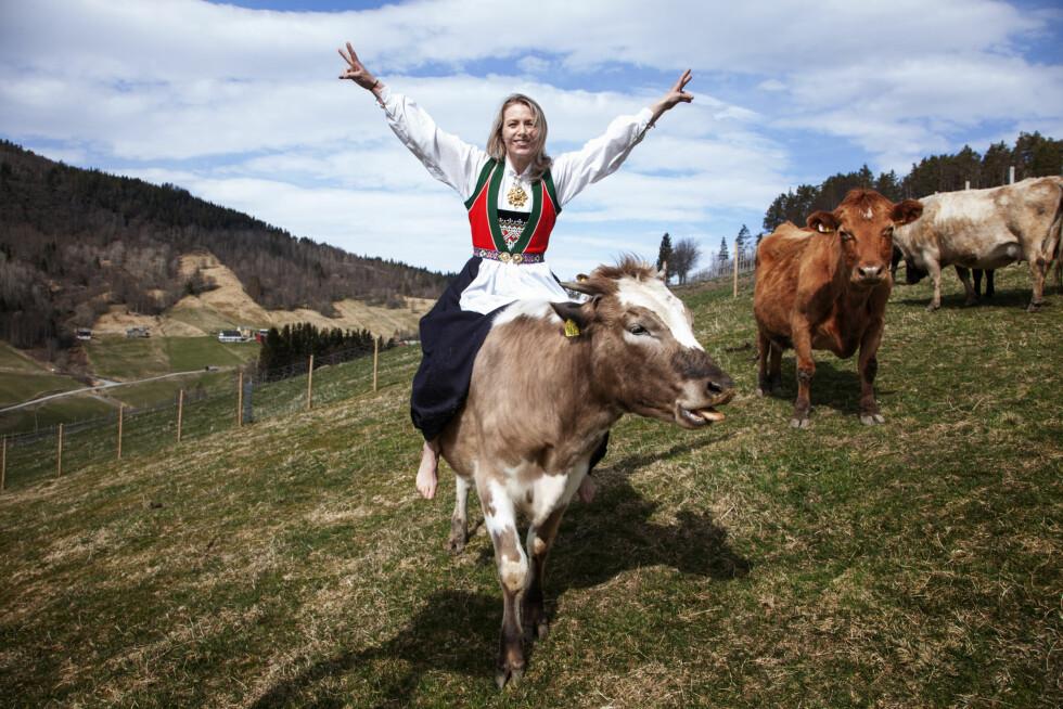 SUKSESSFULL DAME: Kari Traa er tidligere olympisk mester i kulekjøring og gründer av klesmerket «Kari Traa». Foto: Lars Myhren Holand