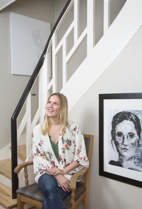 KUNSTNER: Bare et halvt år før hun døde, ga Mette ut boken «Berørt». Den skrev hun til dem som må leve med plager etter varig sykdom. Hun var også en ivrig billedkunstner. Foto: Ellen Jarli