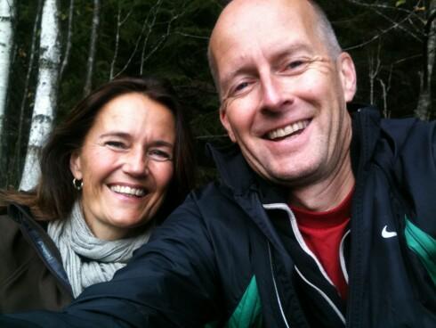 UT PÅ TUR: Mette elsket skogen og gikk ofte på tur, både alene og sammen med ektemannen Jon Alvar. Paret ble sammen under studietiden på Norges Handelshøyskole og fikk 28 år sammen. Foto: Privat