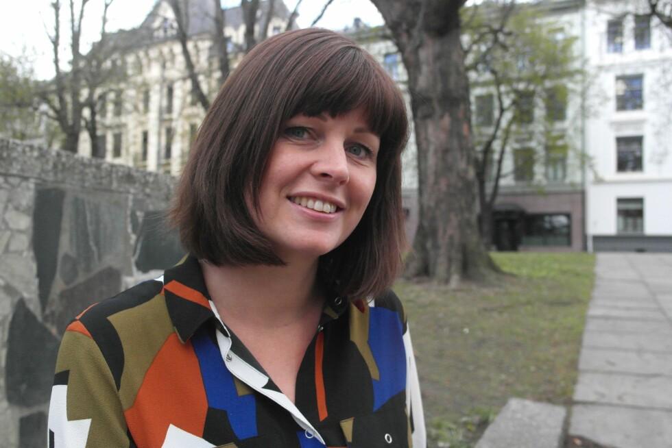 MISTET HÅRET SOM 7-ÅRING: Kari Mette (34) har den autoimmune sykdommen Alopecia areata.  Foto: Amalie Solnørdal Nærø