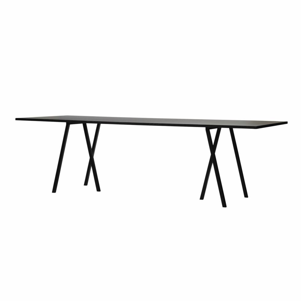 Elegant spisebord (kr 6200, Hay).  Foto: Produsenten