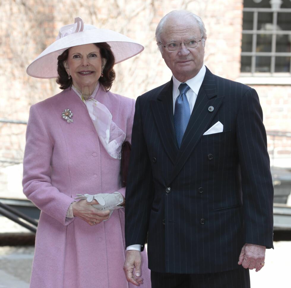 FEIRET BURSDAG: Kong Carl Gustaf feiret den store dagen sammen med dronning Silvia. Foto: NTB scanpix