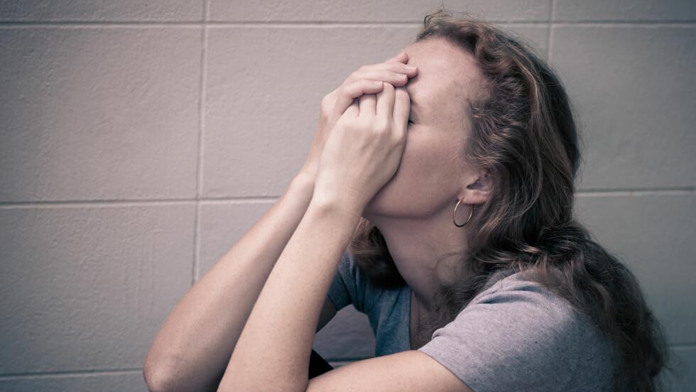 ANGST OG DEPRESJONER: En del fysisk sykdom kan gi symptomer på angst og depresjoner. Foto: Shutterstock / altanaka