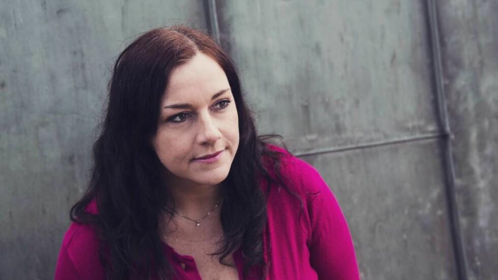 <strong>MISTET MANNEN I ULYKKE:</strong> Et bevisst forhold til tankene sine, har hjulpet Ragnhild i sorgen. Foto: Nadia Norskott
