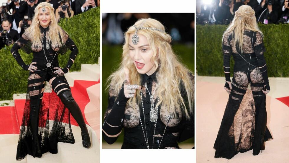 <strong>MET GALLA 2016:</strong> Madonna (57) etterlot ikke mye til fantasien i dette spesialsydde antrekket fra Givenchy. Foto: Scanpix