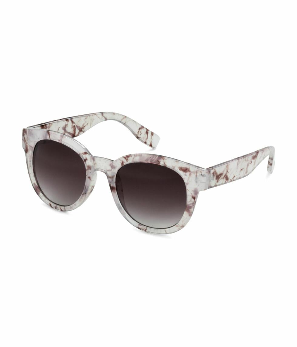 Solbriller fra H&M, kr 99. Foto: Produsenten