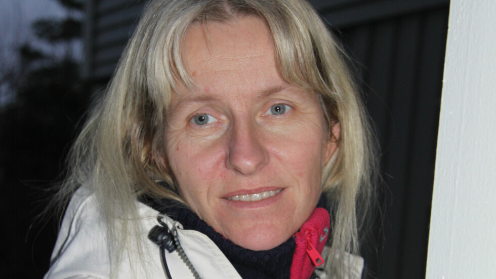 DØVBLIND: Berit R. Øie har Usher syndrom, en sjelden tilstand som innebærer medfødt hørselstap og synsproblemer som vil gi blindhet. Foto: Lars O. Gulbrandsen