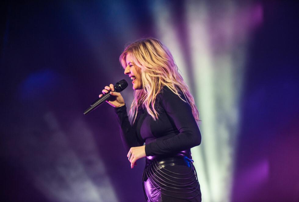 PÅ SCENEN: Det er ikke lenge siden Ellie Goulding hadde en forrykende konsert i Oslo! Foto: SipaUSA