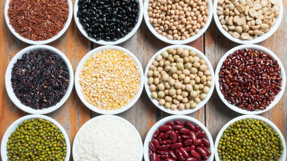 BELGFRUKTER: Kikerter, bønner og linser er knallbra kost! Foto: Shutterstock / Peangdao