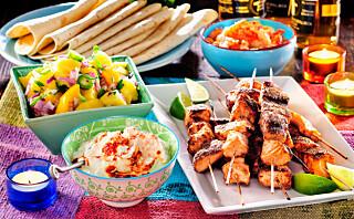 #Etniskfredag: Laksespyd med mango og chipotle