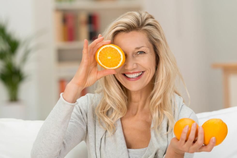 GODT SYN: En britisk studie viser at et kosthold som er rikt på vitamin C kan redusere risikoen for å få grå stær, som er en veldig vanlig øyesykdom som kan komme med alderen. Foto: Shutterstock / racorn