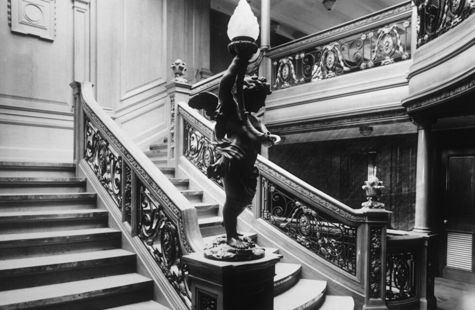 LUKSURIØST: Trappen opp til restaurant Ritz på førsteklasse. Foto: NTB Scanpix