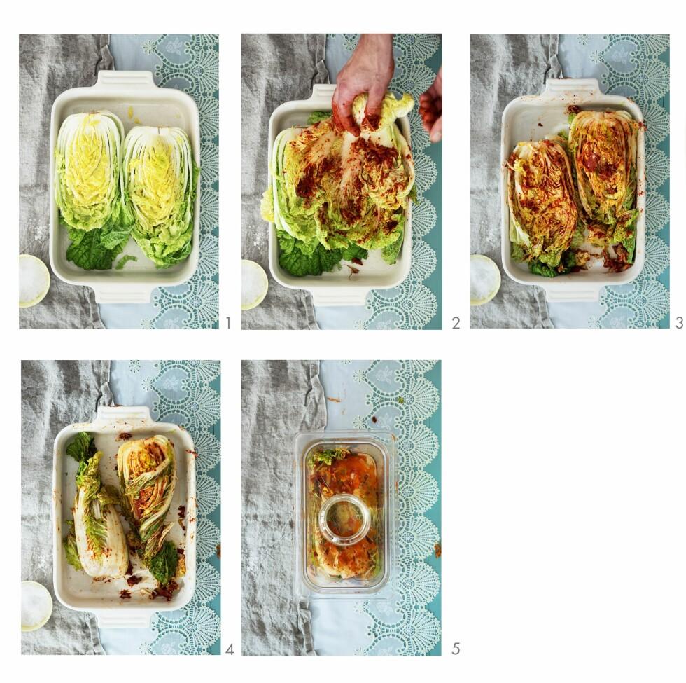 Her kan du se kimchi, den koreanske nasjonalretten med kinakål som base,  bli laget - steg for steg, Foto: Bon Appetit