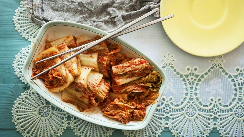 FERMENTERING: Kimchi er Koreas nasjonalrett og består av fermenterte grønnsaker, med en basis av kinakål. Foto: Bon Appetit
