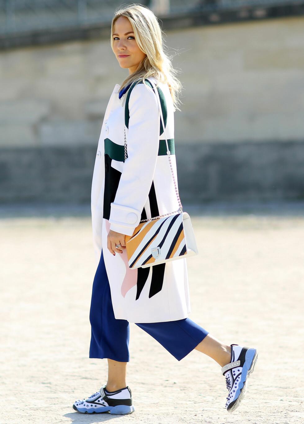 Gjør som fashionistaene - møte våren med sneakers på føttene. Foto: Scanpix