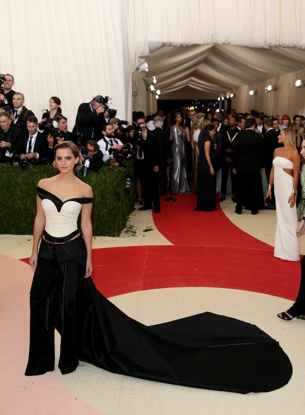 MET GALLA 2016: Emma Watson i Calvin Klein. Foto: Epa
