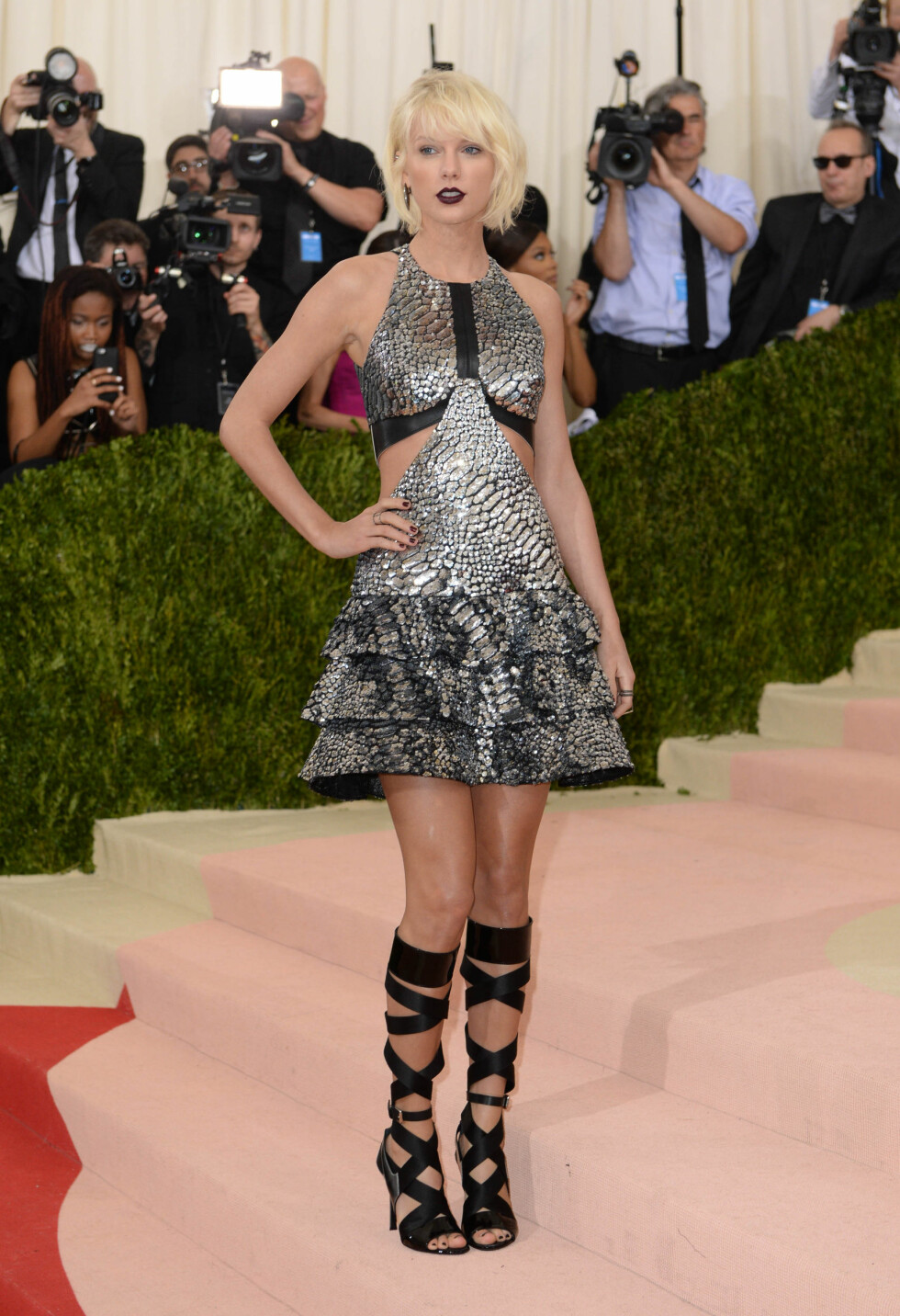 MET GALLA 2016: Taylor Swift i Louis Vuitton. Foto: Pa Photos