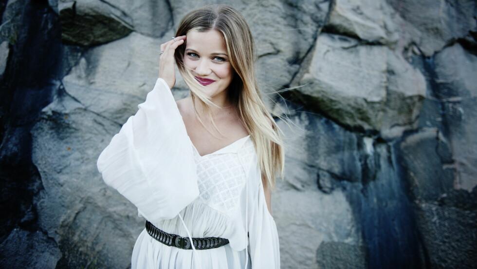 MUSIKKFRELST: Sandra Lyng er én av Norges mest kjente artister, og sier til KK.no at musikken er alt for henne. Foto: VG
