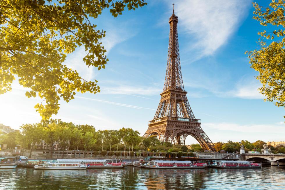 BÅTTUR: Å oppleve Paris fra sjøen er fantastisk, og man kan skreddersy turen slik at den blir akkurat slik du/dere vil ha den. Ikke gå glipp av denne opplevelsen! Foto: Shutterstock / beboy