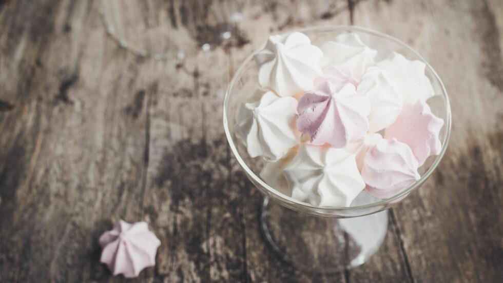 NOE SØTT TIL PÅSKEKAFFEN: I denne saken får du oppskriftene på 5 søtsaker du kan servere til påskekaffen!  Foto: Shutterstock / locrifa
