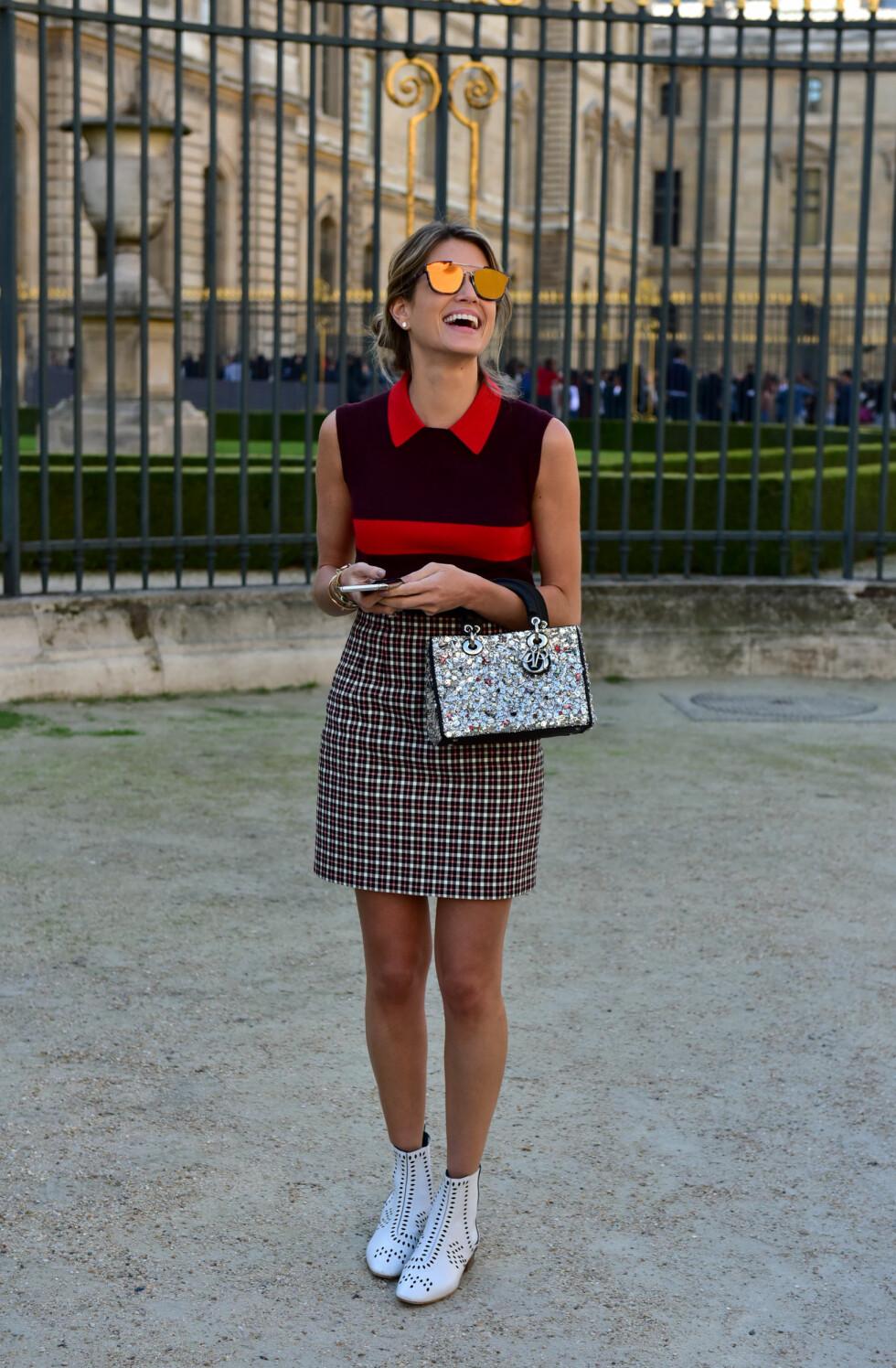 MØNSTERMIKS: Blogger Helena Bordon viser hvordan man kan mikse mønster uten at det blir total kræsj! Foto: DPA