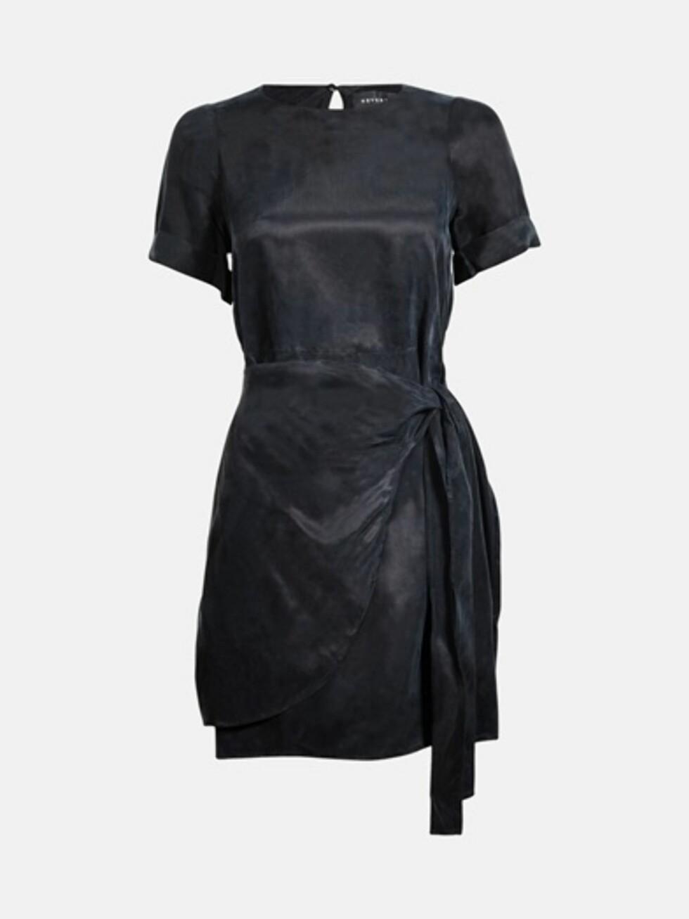 Kjole fra Bik Bok, kr 599. Foto: Produsenten