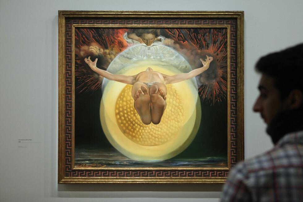 DALI: Her er malleriet 'L'Ascension du Christ' også kjent som 'Pieta' (1958) . Foto: © Vova Pomortzeff/Demotix/Corbis