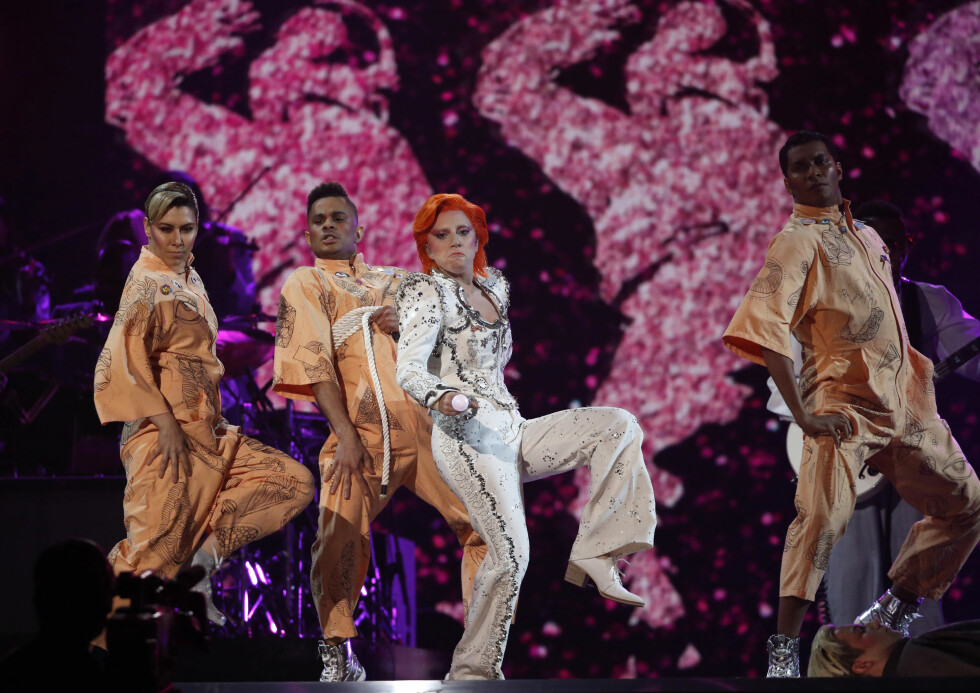 Lady Gagas hyllest til David Bowie Foto: Reuters