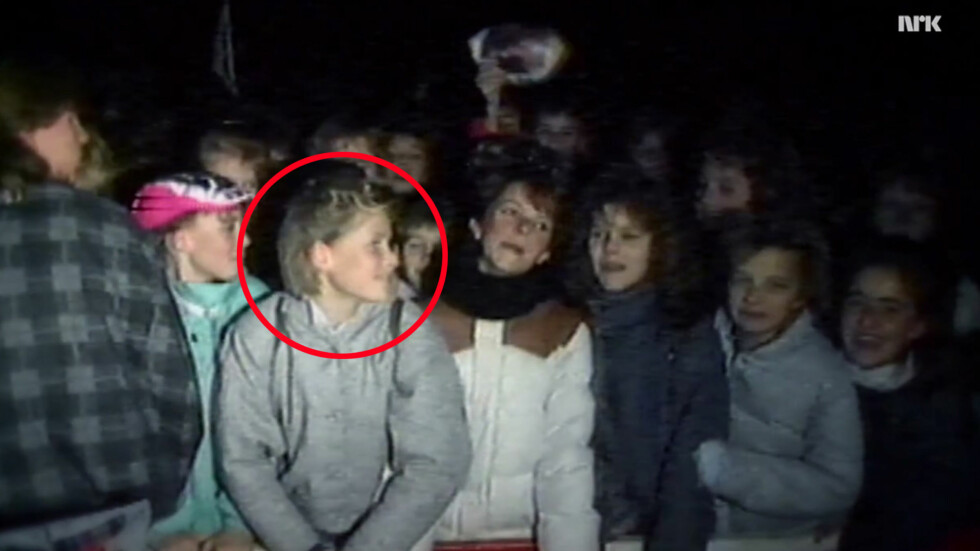 METTE-MARIT: Den fremtidige kronprinsessen er 13 år, og gir alt under a-ha-konserten som blir avholdt i Kristiansand 30. januar 1987. Slottet bekrefter at kronprinsessen var på konserten. Foto: Skjermdump NRK / Monster