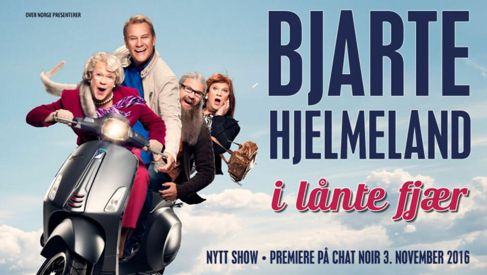 <strong>BERGENS STORE SØNN:</strong> Bjarte Hjelmeland står på Ole Bull Scene «I lånte fjær» denne helgen. Foto: Faksimile