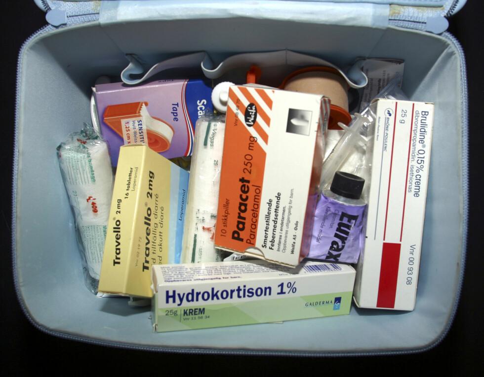 ANGST FOR Å BLI SYK?: Har du alltid medisiner lett tilgjengelig, eller er konstant redd for å bli ordentlig syk? Foto: NTB scanpix