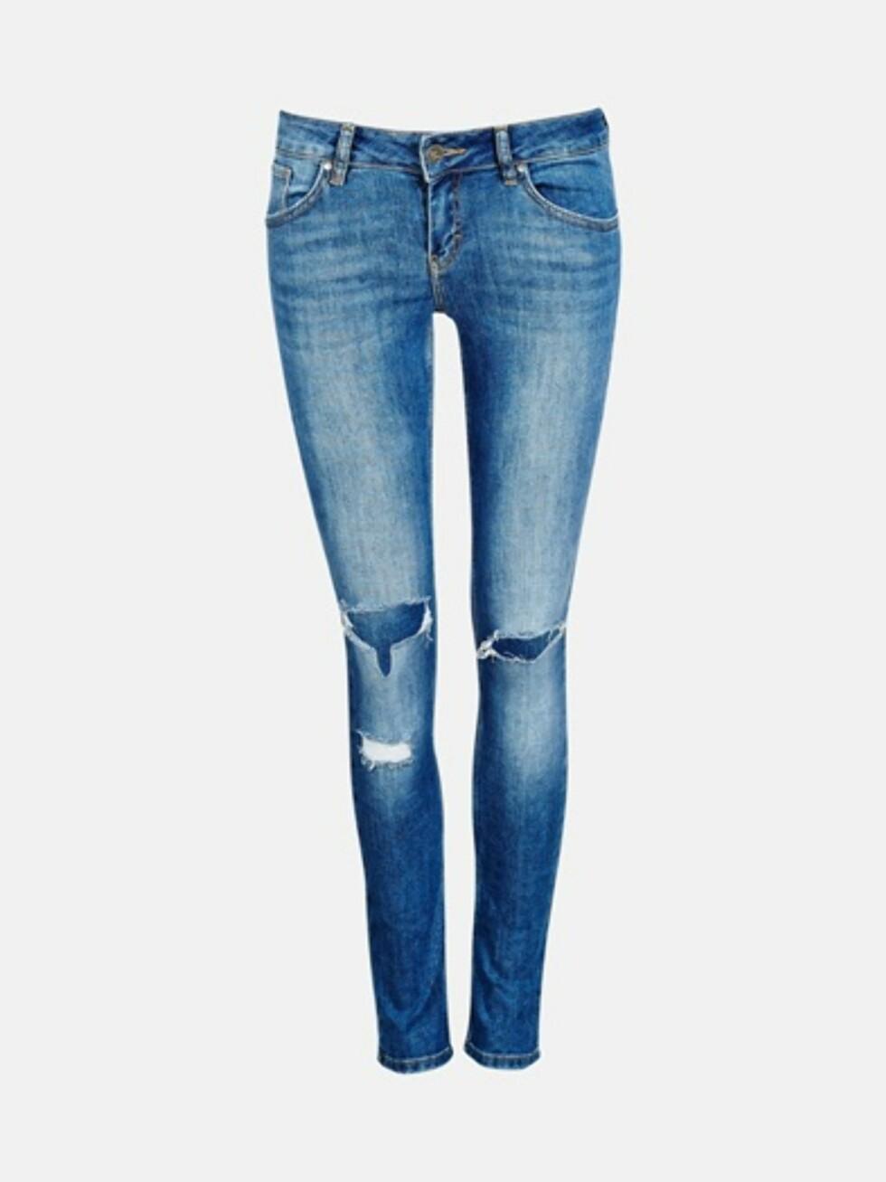 Jeans fra Bik Bok, kr 599. Foto: Produsenten