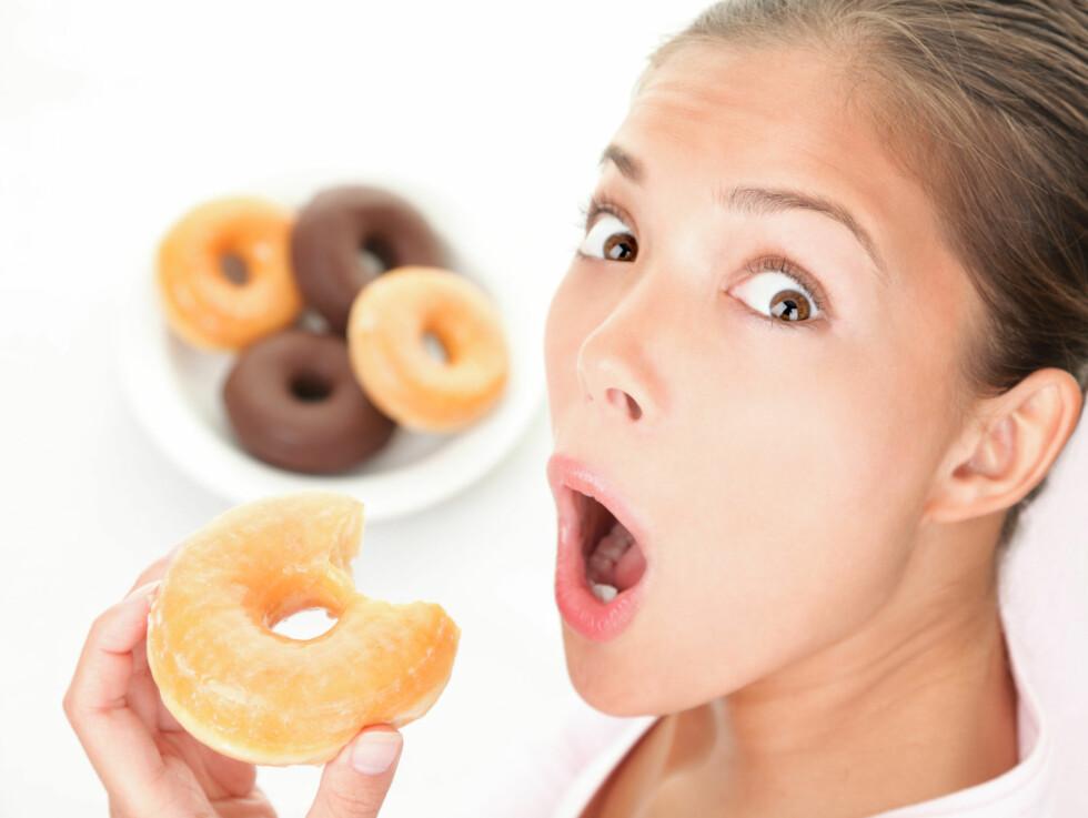 SUKKERSJOKK? Det påvirker ikke bare midjemålet - for mye sukker i kostholdet kan også gi deg rynker.  Foto: Thinkstock