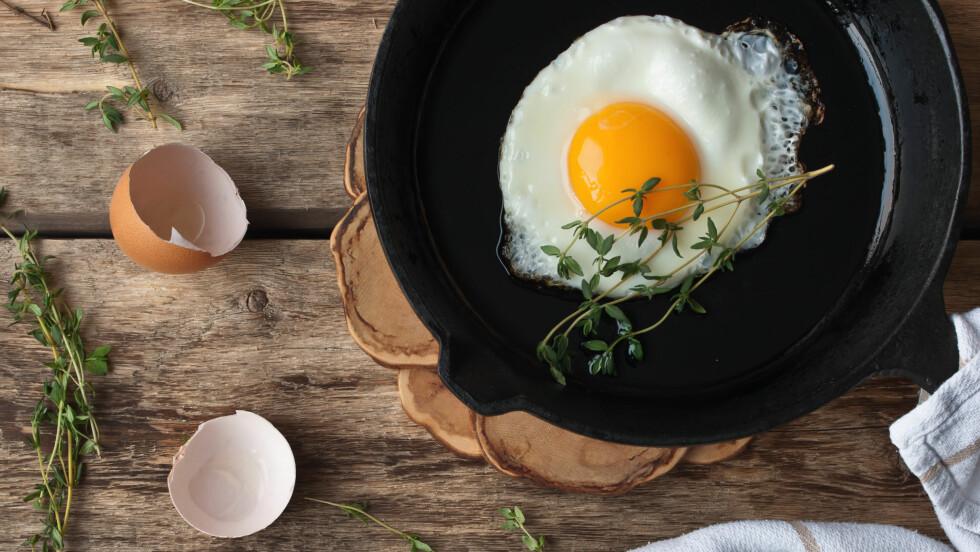 EGG: Hvordan liker du eggene dine, kokte, stekte, posjerte eller i form av eggerøre? I denne saken får du tipsene som hjelper deg å lage de perfekte eggene!  Foto: Shutterstock / Karpenkov Denis