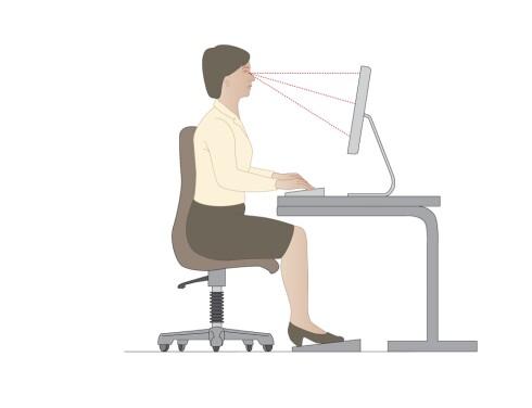 <strong>RETT I RYGGEN:</strong> Stolen bør kunne stilles inn slik at du kan ha fotsåla i gulvet og korsryggen inntil stolryggen. I tillegg bør det være armlen på stolen.  Foto: Science Photo Library