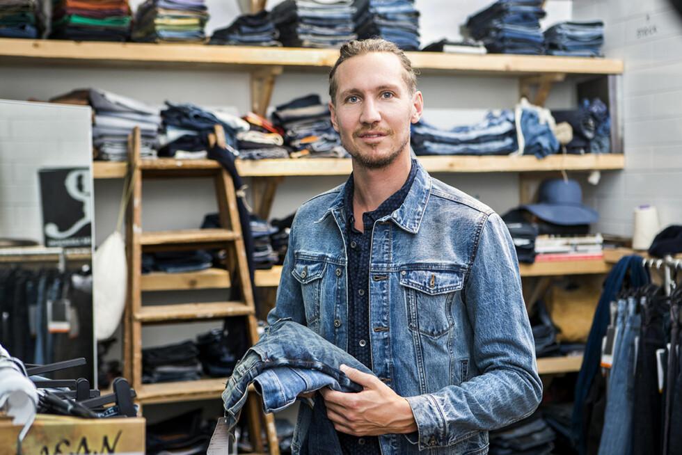 DESIGNER: Det er designer i Hennes & Mauritz, Jon Lomann, som har laget kolleksjonen.  Foto: HM