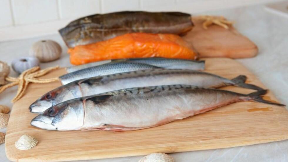 FET FISK ER RIK PÅ OMEGA-3 OG VITAMIN D: Spiser du fet fisk som makrell, laks eller ørret til middag tre til fire ganger i uken, samt har fiskepålegg som makrell i tomat på brødskiven hver dag, er det ikke sikkert du trenger å ta trantilskudd, ifølge ernæringsfysiolog Lise von Krogh. Foto: Thinkstock