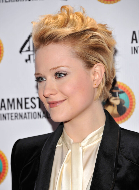 ROCKA: Evan Rachel Woods variant av blondt og kort rocker opp ethvert antrekk.  Foto: All Over Press