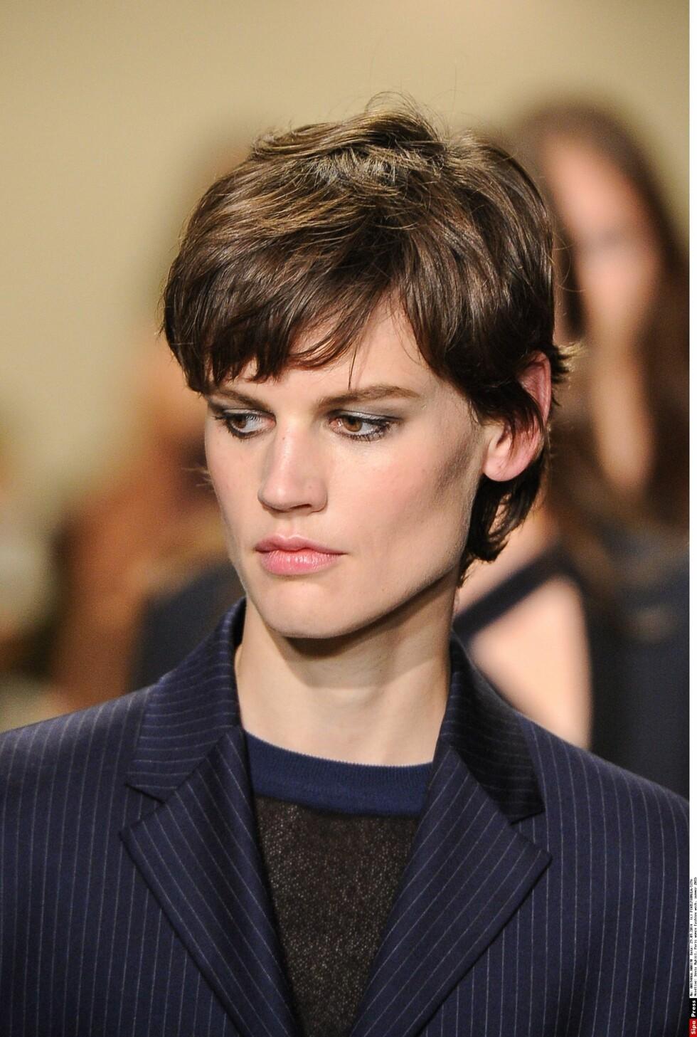 NATURLIG: Sonia Rykiel med en kort naturlig frisyre.  Foto: All Over Press