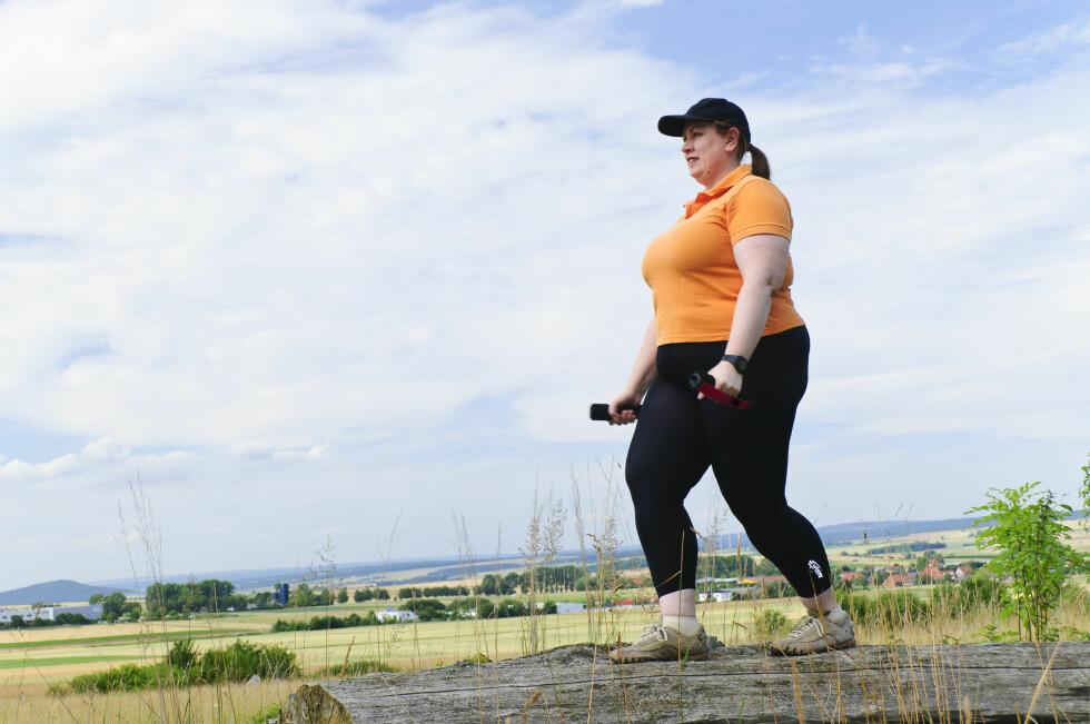 AKTIV: Uansett hvor mye du veier så lønner det seg å være fysisk aktiv. Det anbefales med 30 minutter mosjon hver dag, men også litt småaktivitet i løpet av dagen er viktig. Foto: Scanpix/NTB