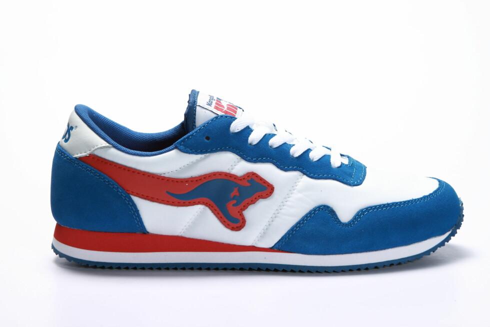 I blått og hvitt (kr 900, Kangaroos).