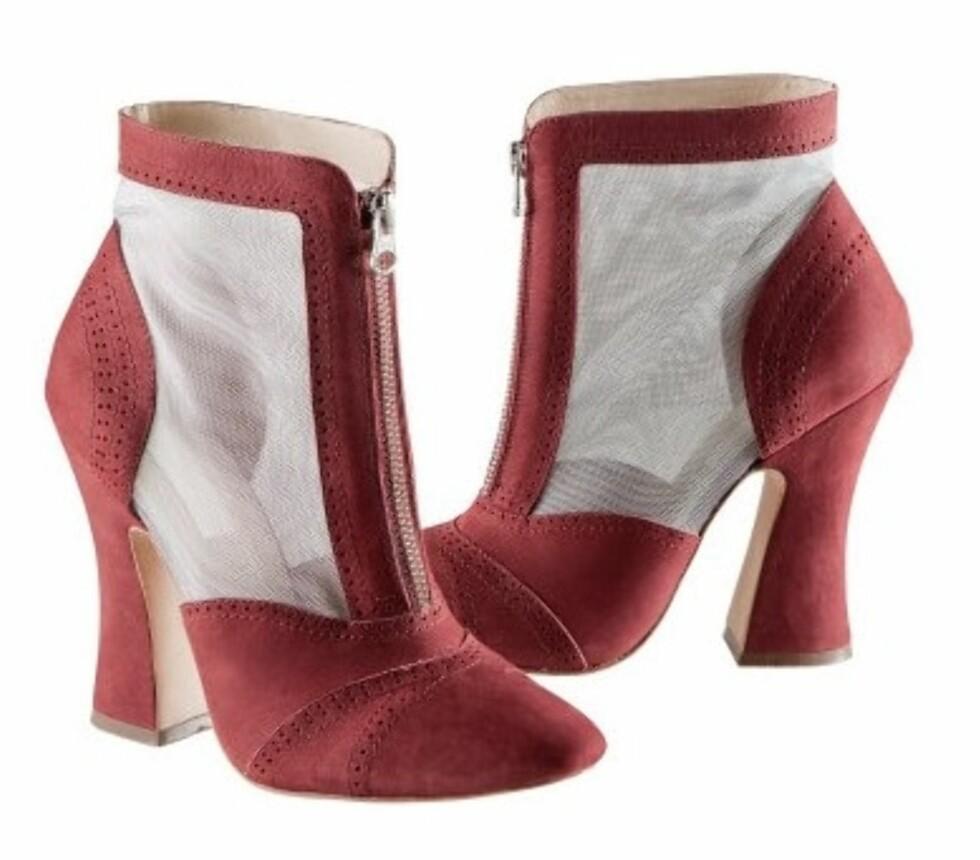 H&M med lignende hæl på sine semskede støvletter (kr.699/H&M). Foto: Produsenten