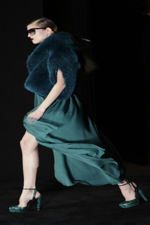 <strong>TURKISE MARY JANE-SKO:</strong> Gucci går for fargerike slangeskinnsmønstrede sko denne høsten. Foto: All Over PressAll Over Press