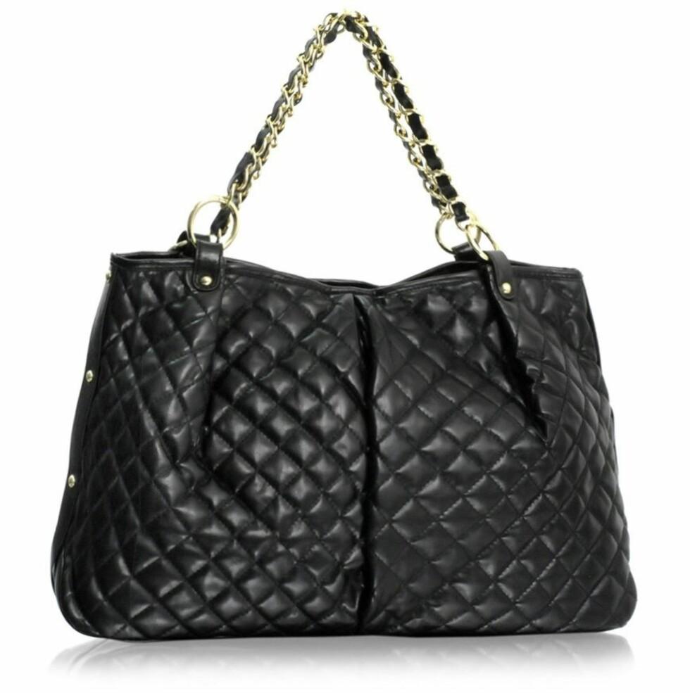 BOBLEVESKE: Klassisk Chanel-kopi (kr 360, Asos.com).