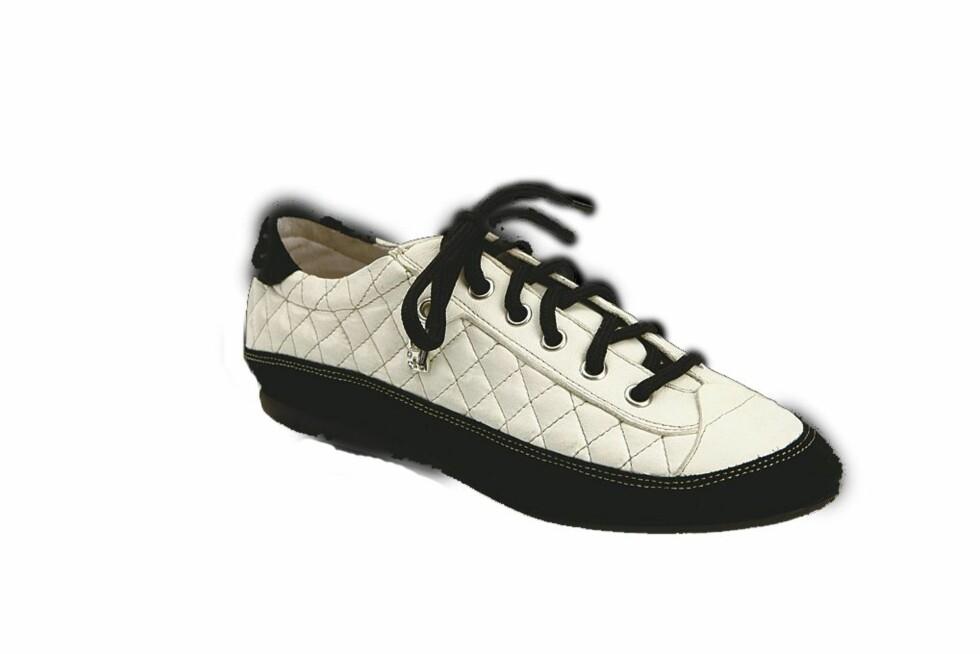 SPORTY: Komfortable sko med vaffelmønster (kr 1000, Merete Fonnesberg).