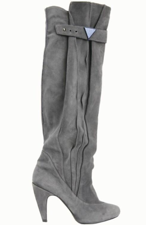 ROCK'N ROLL:  Kule boots i semsket skinn (kr 3500, Diesel).